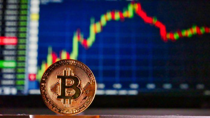 Bitcoin retoma US$ 50 mil (Imagem: Roy Buri/Pixabay)